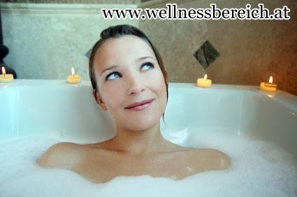 Schaumbad bei Kerzenschein - das Bad als Wellnessoase